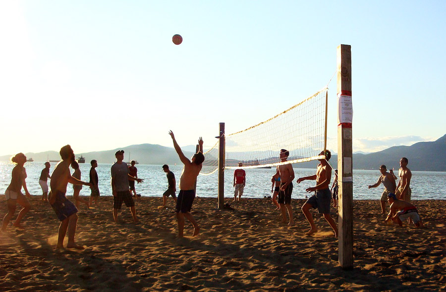 beach-volley-spiaggia